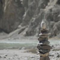Ladakh bietet eine fantastische Kulisse fuer Landart, entstanden mit der Hilfe von Locals