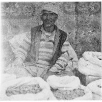 Leh, street seller