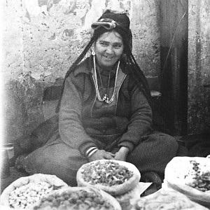 Street seller, Leh
